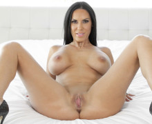 Veronica Rayne slippery and tempting curves