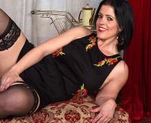 British dark haired housewife riding and sucking cock