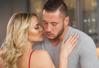 Mia Malkova and Danny Mountain fuck for you. Watch and enjoy!