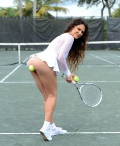 Jessica Torres playing tennis and fucking with her teammate