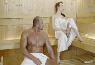 Sweaty fuck at the sauna with Angel Rush and big muscle guy Matt