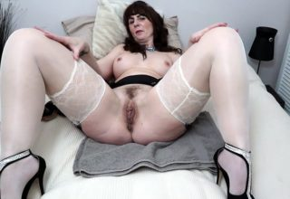 Mrs Toni Lace plays with her favorite sex toys
