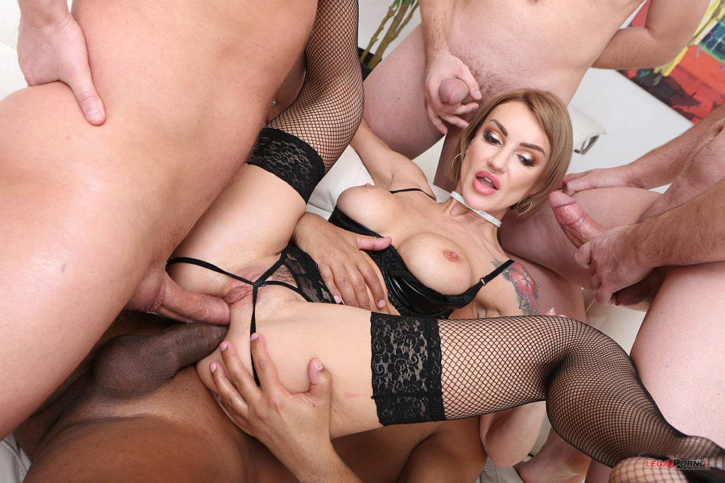 Anal and cumshots with facials on elen million